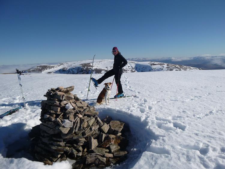 Summit of Geal Chàrn with Ben Alder behind